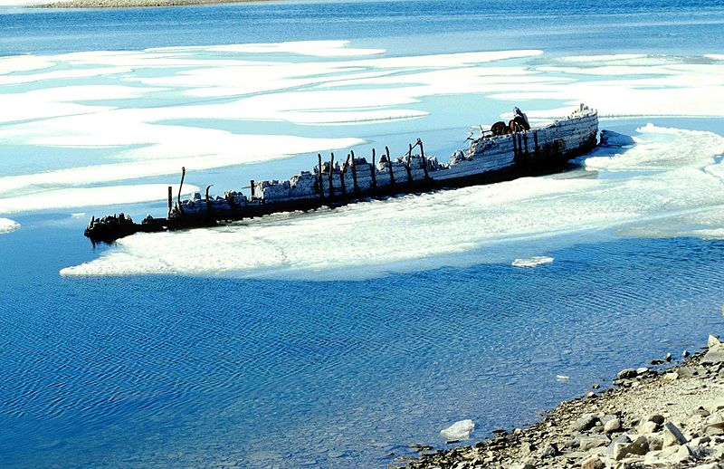 Amundsen - Ship wreck Maud, Cambridge Bay.
